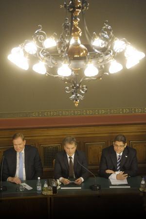 Snart blir det val. Paavo Lipponen (S), Sauli Niinistö (motsvarande M) och Timo Soini (Sannfinländarna) är tre av kandidaterna i det finska presidentvalet. Den första valomgången avslutas på söndag om en vecka. foto: scanpix