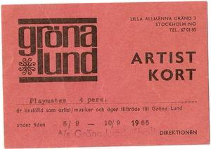 Ett backstagepass anno 1965 till en popbandstävling på Gröna Lund där The Playmates deltog.