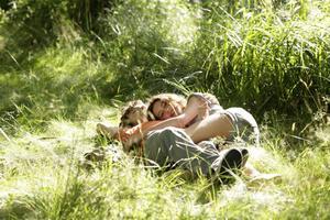 En vacker film som visar de bitterljuva sidorna av en första förälskelse.