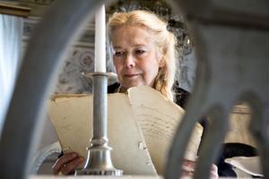 På fritiden driver Ann-Sofie Jönsson en egen antikaffär hemma på sin gård. Stadsprivilegierna köpte hon emellertid till sin privata samling.