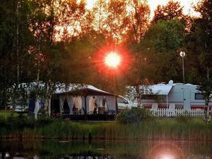 Solnedgång på Krokoms camping.