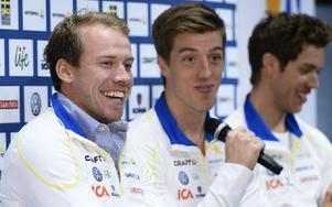 Från vänster Emil Jönsson, Calle Halfvarsson och Marcus Hellner på landslagets pressträff i Solna.Foto: CLAUDIO BRESCIANI / TT