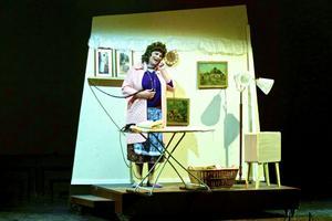 Mats Lissjanis som mamma Edna Turnblad.
