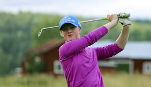 Alice Johansson, 11-årig golfspelare från Bollnäs som spelar riksfinal i Stockholm till helgen.