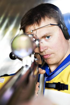 Höstens VM i sportskytte i Spanien blir det åttonde i karriären för Emil Martinsson.