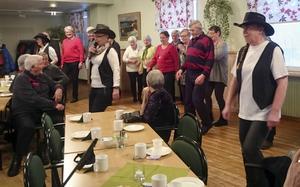 Även de bland HjärtLungs medlemmar som ville prova linedance gavs den möjligheten.
