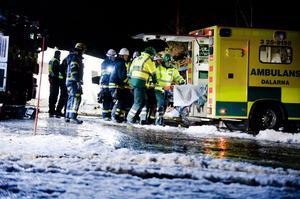 Dramatiken var stor under stormnatten. Räddningstjänsten fick tillkallas för att få ut Britt-Marie Brunn ur den totalt demolerade husvagnen. Ett äventyr hon fortfarande lider av.