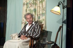 Nicke Wagemyr spelar Strindberg i en nyskriven monolog om hans sista tid i livet.