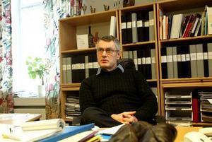 Borgarskolans rektor Olof Leijonhufvud agerade genast när det kom till hans kännedom att kränkande uppgifter om elever förekommit på nätet.