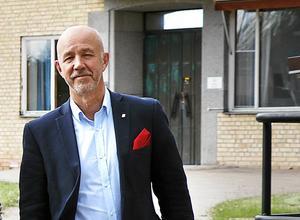 Tomhyran Hällefors kommun betalar årligen när gamla kommunhuset står tomt ligger på 1 miljon kronor konstaterar kommunchef Tommy Henningsson.