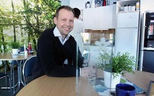 """Andreas Hedblom fick ta emot utmärkelsen """"Årets Företagsledare"""" vid årets Stjärngala i Falun.     FOTO:LEIF OLSSION"""