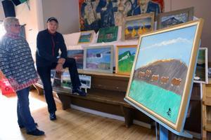 I samband med de traditionella Konsthelgerna visas en minnesutställning med verk av konstnärerna Agnar Lindström och Oscar Fredriksson på Strömlidens Bygdegård i Funäsdalen.Barbro Kjällmark och Harry Hellström, Funäsdalens Byalag, har tillsammans med GOSA ordnat utställningen.