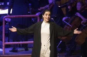 Av alla skickliga sångare bör Felicia Gyllenstig Serrao som Cherubino Svensson särskilt framhållas.