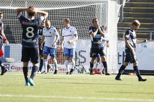 Gefle IFs Johan Oremo  missar att nicka in ett mål under matchen mot Norrköping.