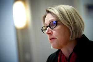 Arbetsförmedlingens chef Marie Örjes konstaterar att man erfarenhetsmässigt vet att mellan 60 och 70 procent av dem som varslas blir uppsagda och att cirka 20 procent av de varslade är arbetslösa sex månader efter det att varslet lades.