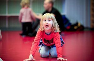Nora Björklund, 4 år