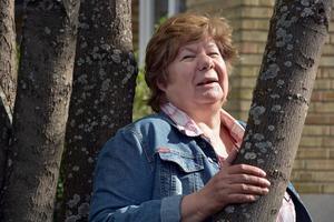 Birgitta Björk Danielsson gläds åt beskedet att politikerna sagt ja till att anställa ett personligt ombud som kan stötta samhällets äldre.