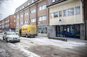 Arbetsförmedlingens kontor där två personer skadades vid en knivattack den 7 mars.