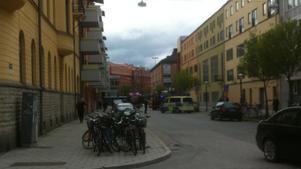 Tre till sjukhus efter olyckan på Fabriksgatan.