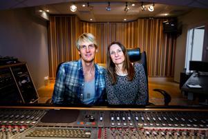 NA:s Senior editor Helena Sträng har träffat örebroaren och producenten Niclas Molinder