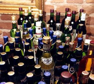 Intresserar färre. Alkoholen har blivit mer lättillgänglig, men sedan några år minskar ändå konsumtionen.foto: scanpix