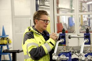 Roland Wikblom trivs med att konstruera och ragga jobb till WRT.