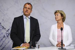 Kulturminister Lena Adelsohn Liljeroth (M) får i dag, tisdag, ta emot public service-utredningens förslag som Martin Holmgren lett.Foto: Anders Wiklund/Scanpix