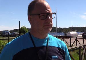 Thomas Sjöbom har arbetat som brevbärare i 15 år, tre av dessa har han varit lantbrevbärare.