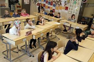 Klass 1 A på Skarpåkersskolan i berättartagen.