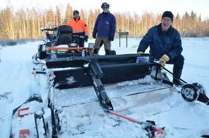 Bra aggregat. Spåraggregatet är väldigt bra, samma som i Sotsji och Holmenkollen berättar Östen Eklöf, med Per Höglund och Nils-Gunnar Larsson i bakgrunden.