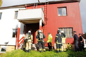 Både räddningstjänst och polis ryckte ut till branden i Ljusne. Som bara visade sig vara kraftig rök i skorstenen.