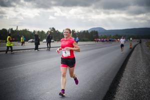 Jenny Kling ska åka 22 mil på längdskidor. Bilden är från E4-loppet 2013.    Arkivbild: Cecilia Träff
