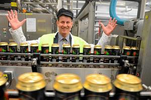 - År efter år har vi fokuserat på vår cider och tagit oss in i land efter land, med mycket små medel och under senare år med konkurrenter som lanserat liknande produkter, säger Peter Bronsman, vd på Kopparbergs bryggeri.