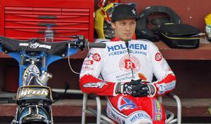 Nick Morris debuterar i masvästen mot Vetlanda. Foto: Pove Persson