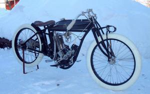 Gammal Indian från Borlänge: En racer-prototyp årsmodell 1915.