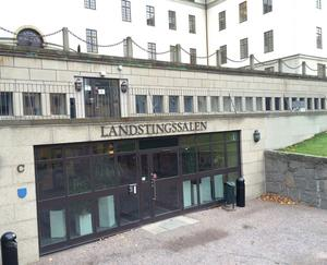 Arvodena för Region Stockholms politiker kan komma att frysas. Foto: Tomas Karlsson