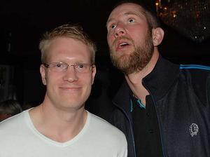 Blue Moon Bar. Henrik och Niklas