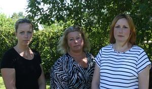 Stina Holmberg, Nina pettersson och Frida Lassen är oroliga över den kommande stängningen av ortoped- och kirurgakuten i Sollefteå.