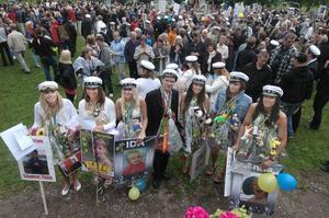 Sju av de elva ungdomar som fick ta emot stipendium: Madeleine Selin, Elin Salema, Michelle Håkansson, Fabian Modig, Ida Hedström och Anna Eriksson.