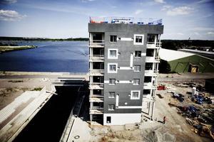 SNART KLART. Den första december inleds inflyttningen av de nya bostäderna i Skanska första Xchange-byggda hus i Sverige.