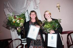 Lotta Persson och Marie Lodstedt Nyman vann både första- och tredjepris med deras ostkaka.