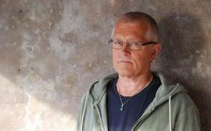 Per Erixon, aktuell, med ny roman. Foto: Lindelöws bokförlag