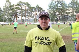 Stefan Fransén i laget Halvar & Jygge, som har funnits med i leken sedan Brännbollsyran startade i slutet av 1990-talet.