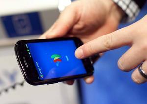 Regimen i Tadzjikistan har tvingat mobiloperatörer att strypa tillgången till kritiska webbsidor. Bland de bolag som följt regimens påbud är landets största mobiloperatör Tcell, majoritetsägt av Telia Sonera.