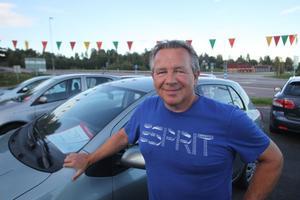 Mats Olsson har trettio år i branschen. Han är anställd hos Bilcenter som har sin tyngdpunkt i Sundsvall men som också finns i Härnösand.