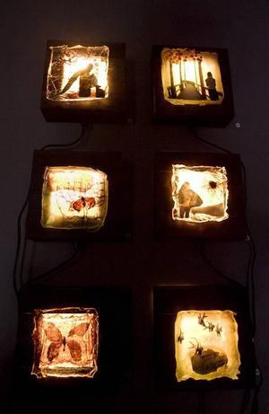 Några av Sabah Ingvarssons ljuslådor.