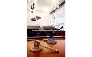 Fullmäktigesal med ordförandeklubba. Foto: Mats Andersson/ SCANPIX