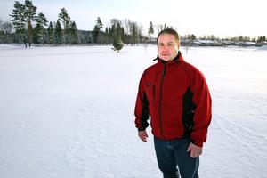 Här vid driving range, Lannalodge golfresort vill Henrik Johansson i Best Fastighets AB anlägga ett 30-tal tomter. Sammanlagt blir det 40 tomter invid golfbanan.