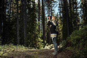 Träd och skog är viktiga motiv när Jonna Jinton ger sig ut med kameran.