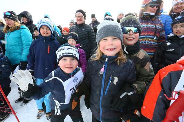 Både barn och vuvna deltog under loppet.